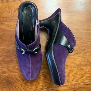 Cole Haan purple suede clogs w/leather Size 9